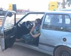 Com medo de Lázaro, família com grávida dorme dentro de carro em Goiás