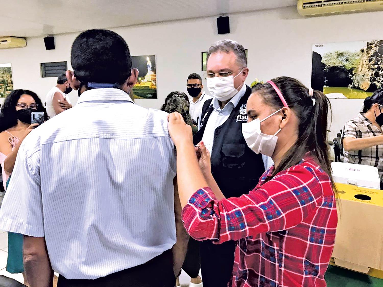 Piauí receberá nesta semana 21.250 doses da Jansen, vacina de dose única