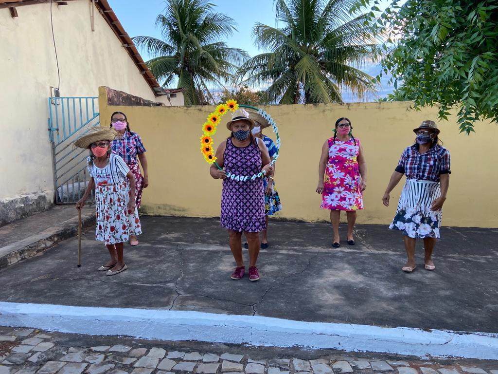 """Assistência Social de Campinas do Piauí realiza """"Arraiá Social dos Idosos"""" - Imagem 13"""