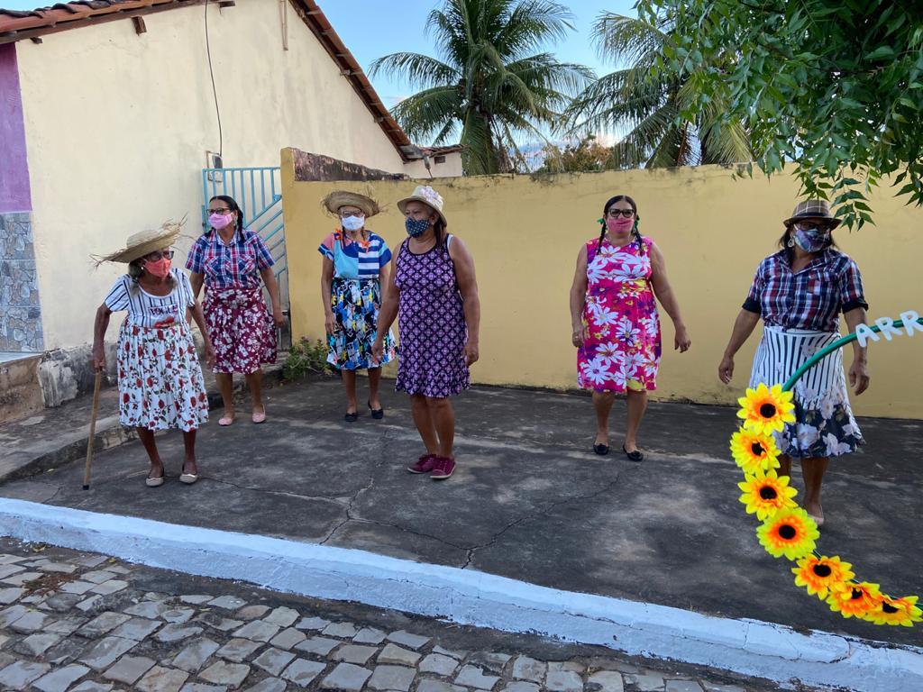"""Assistência Social de Campinas do Piauí realiza """"Arraiá Social dos Idosos"""" - Imagem 9"""