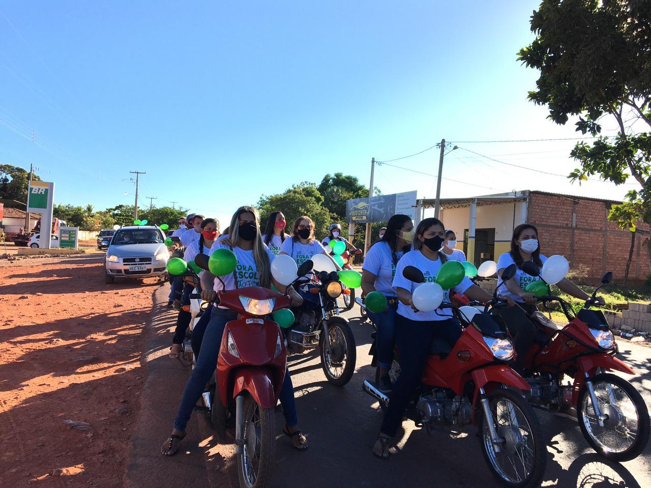 Prefeitura e Secretaria de Educação realiza ação de conscientização - Imagem 10