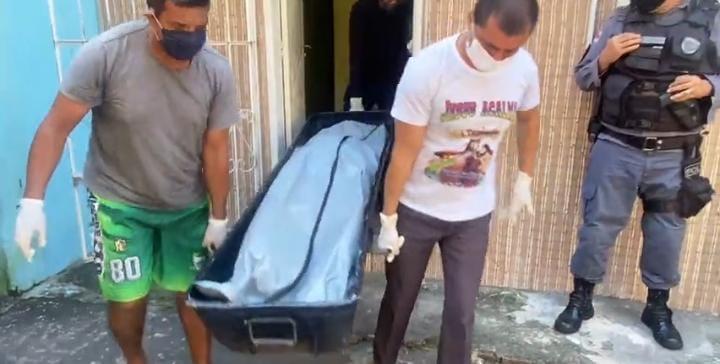 Mãe foi esquartejada pelo próprio filho em Manaus (Foto: CM7)