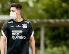 Acusado de racismo jogador do Corinthians pede desculpas