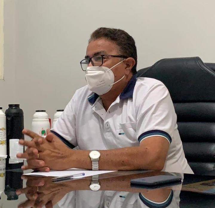 Prefeito de Colônia do Gurgueia, Raimundo José Crispim, morreu em um hospital de Teresina - Foto: Reprodução/Redes Sociais