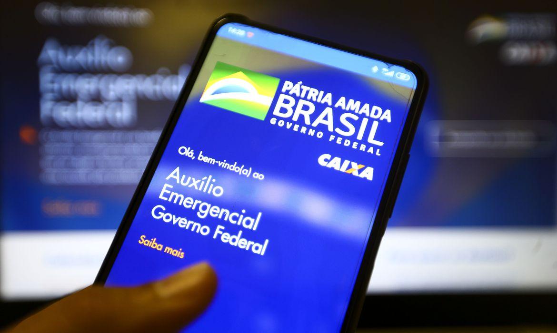 Ao todo 45,6 milhões de brasileiros serão beneficiados pela nova rodada do auxílio emergencial - Foto: Agência Brasil