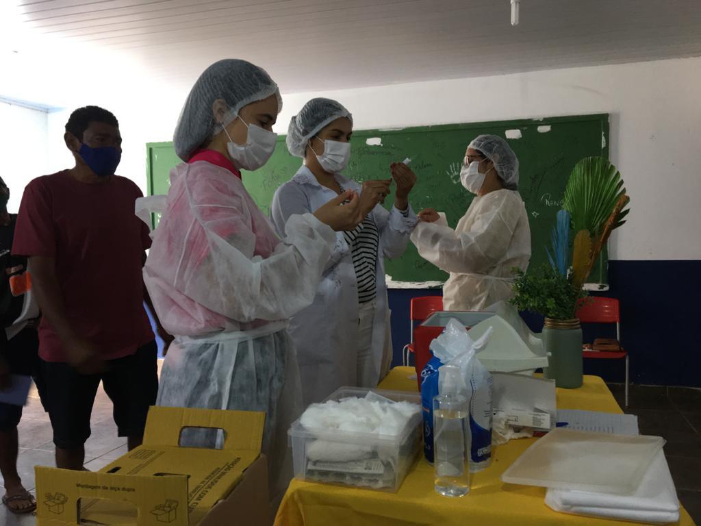 Prefeitura e Secretaria realiza mutirão de vacinação contra a COVID-19 - Imagem 9