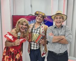 """Show """"Pior de Três"""" anima o São João da Meio Norte"""