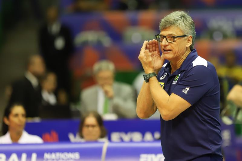 Renan definiu os nomes da equipe que vai a Tóquio (Divulgação FIVB)