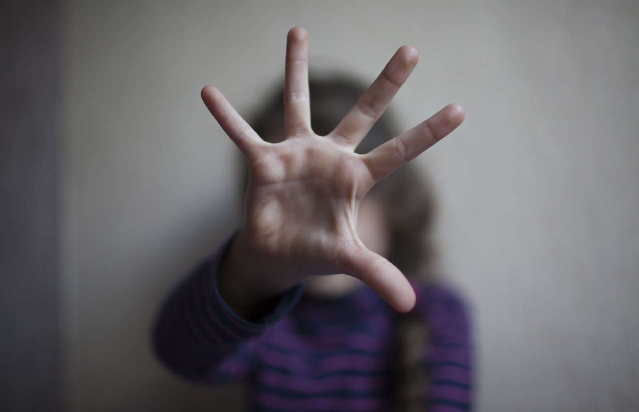 Menina de 13 anos é estuprada pelo pai em Belo Horizonte(Foto: Istock/Serghei Turcanu )
