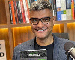 Tiago Brunet dá dicas sobre crescimento emocional, financeiro e espiritual