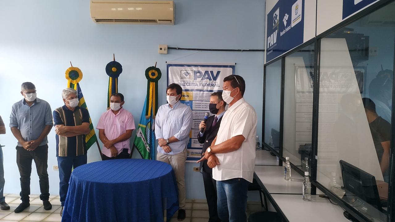 Prefeito de São Miguel do Tapuio inaugura PAV da Receita Federal - Imagem 2
