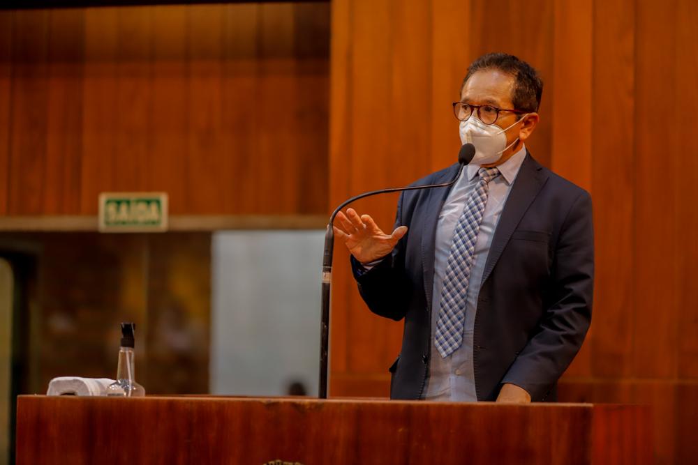 Dr. Hélio propõe vacinação de adolescentes com comorbidade (Thiago Amaral)