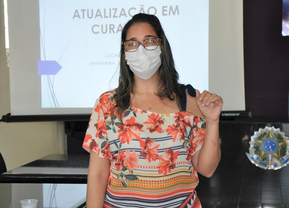 Prefeitura de Hugo Napoleão realiza mini curso de atualização de curativos - Imagem 3