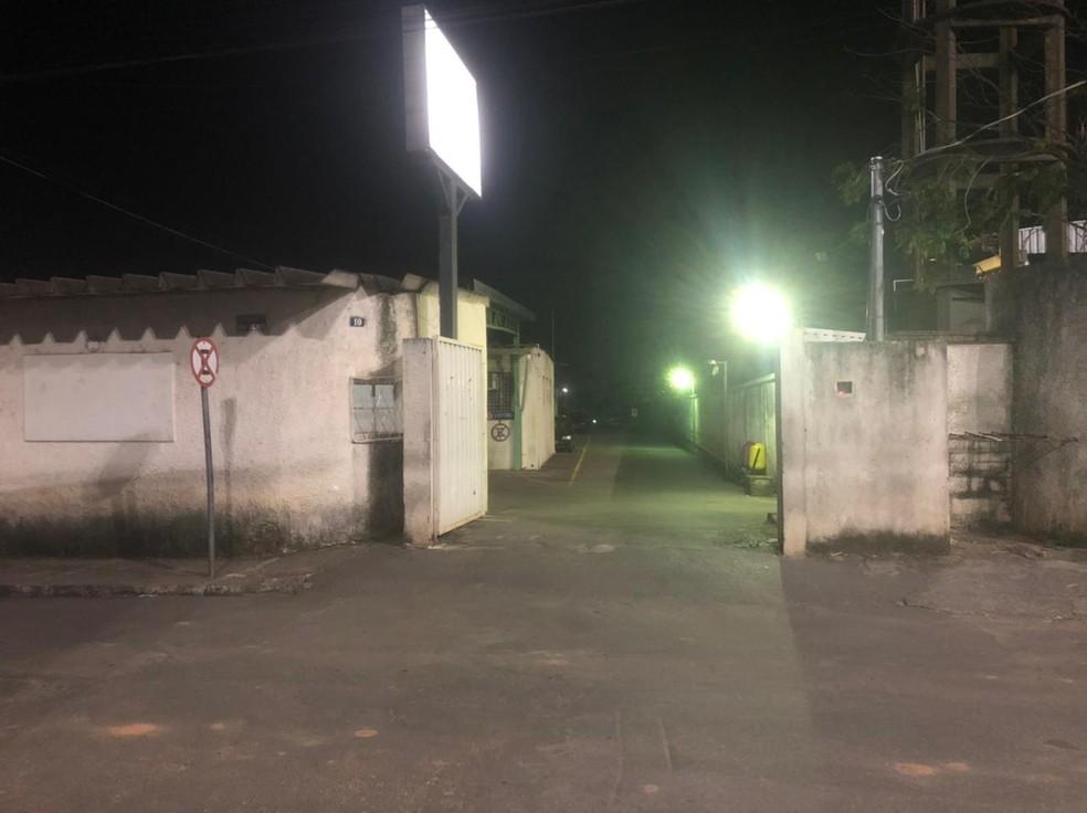 A delegacia de plantão de Ribeirão das Neves vai investigar o caso. — Foto: Júlio César Santos/G1