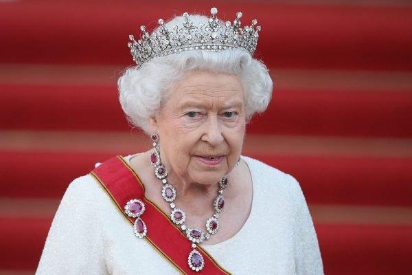 Há 68 anos de coroada, Elisabeth II prepara festa dos 70 anos de reinado - Imagem 3