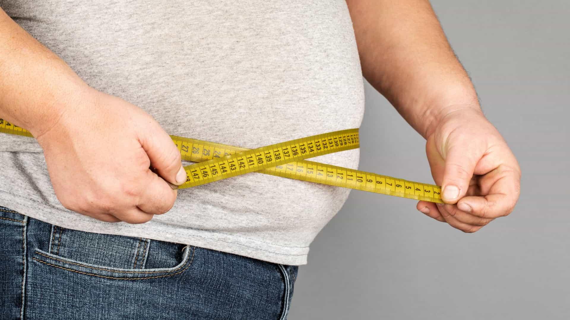 Obesidade é fator de risco para Covid-19 (Foto: Shutterstock)