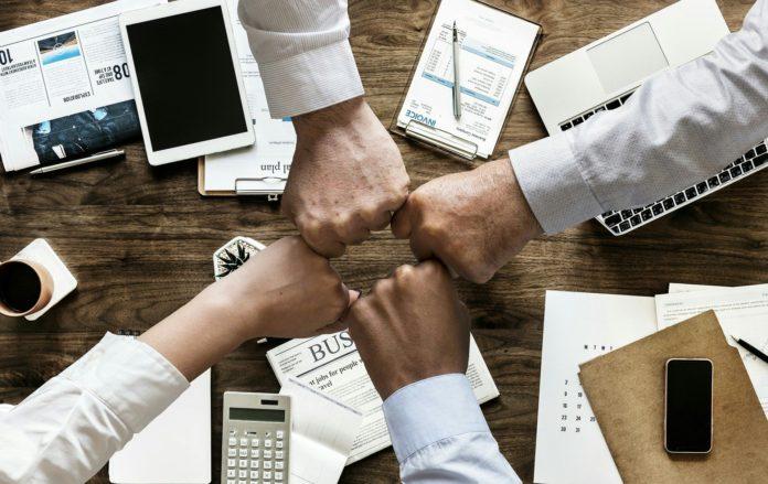 Consórcio de quase 200 ISPs avalia participação no leilão do 5G