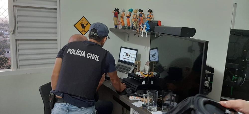 Operação Luz na Infância contra a pornografia infantil cumpre mandados no Piauí