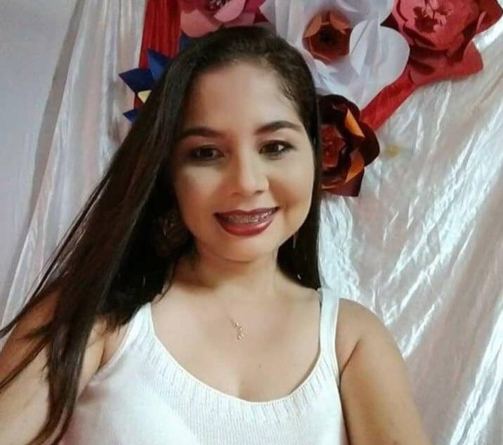 Selene Veras foi morta com 26 facadas dentro da própria casa ( foto: arquivo pessoal)