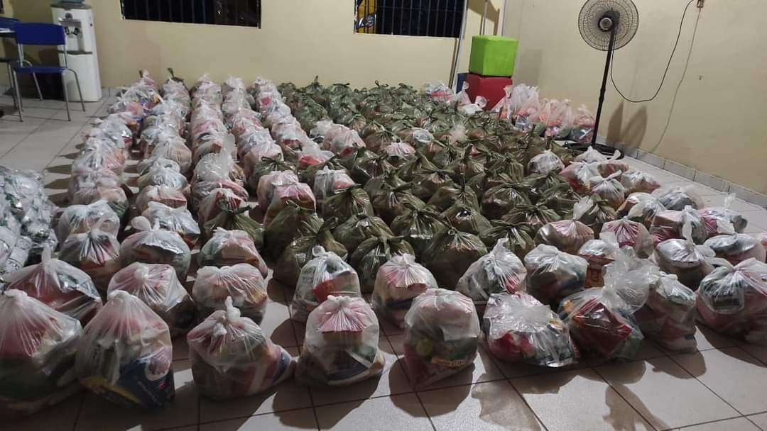 Prefeitura de Monsenhor Gil faz entrega de alimentos da merenda escolar - Imagem 2