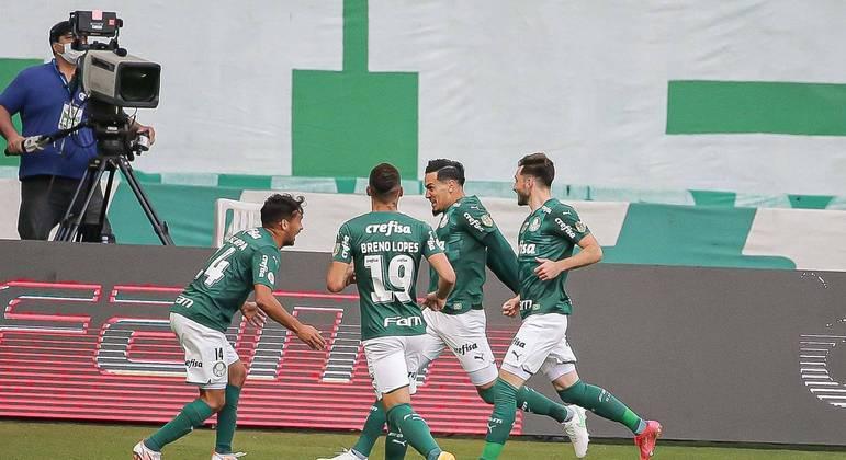 Equipe do Palmeiras mostrou superioridade ao derrotar Santos