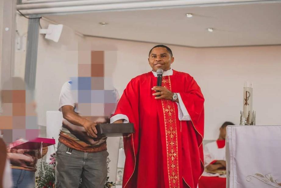 Padre Delson foi afastado da Igreja Católica (Foto: Reprodução)