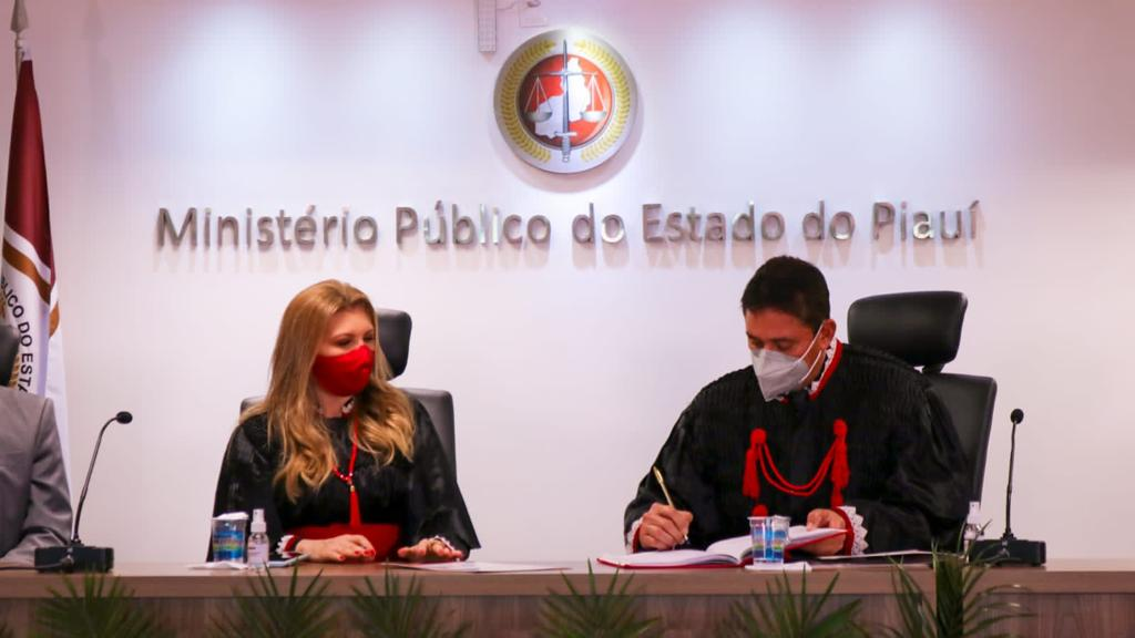 Cleandro Moura toma posse no MP PI (Foto: Divulgação)