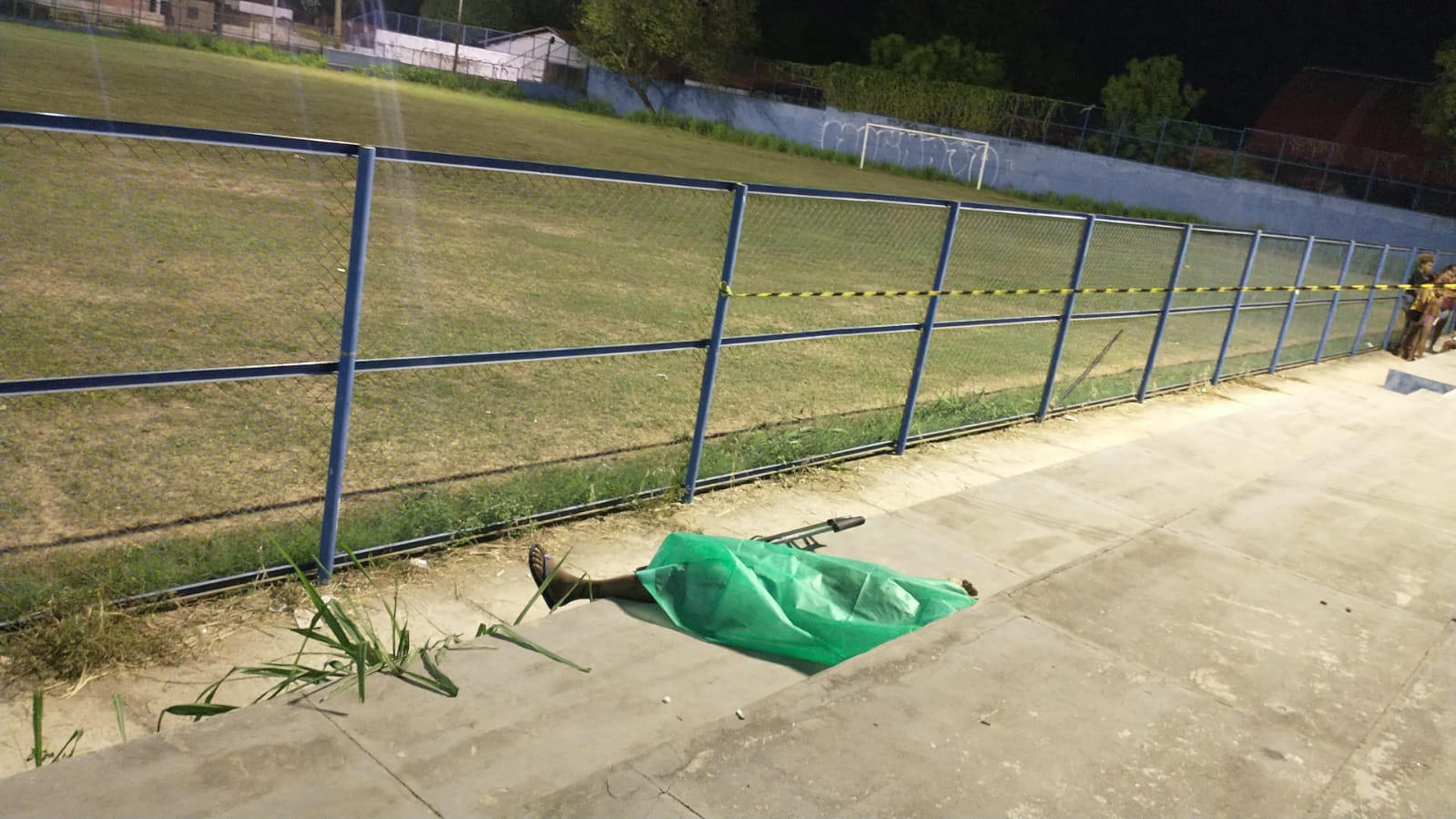 Homem foi morto com pelo menos 10 tiros (Foto: Kilson Dione/ Portal Meio Norte)