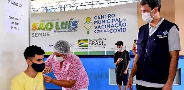 Adolescentes sem comorbidades são vacinados contra covid em São Luís