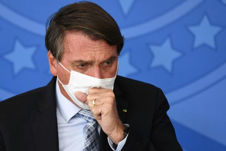 Presidente Jair Bolsonaro é internado para realizar exames