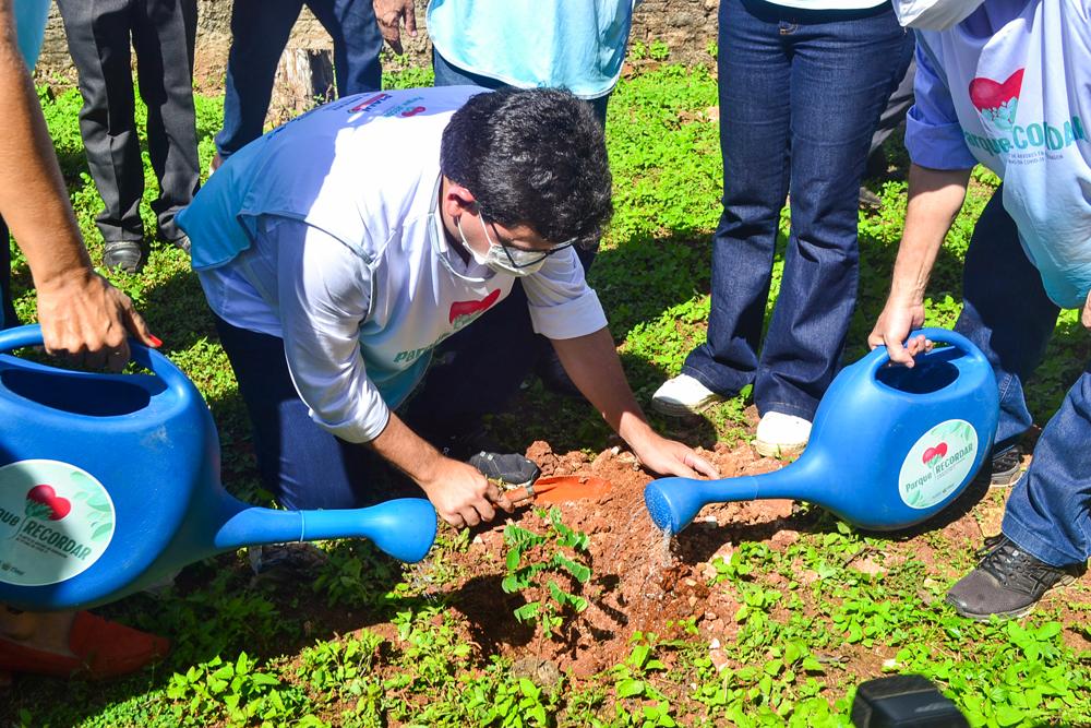 Prefeito Genival Bezerra recebe o Coordenador do PRO PIAUÍ Rafael Fonteles - Imagem 8
