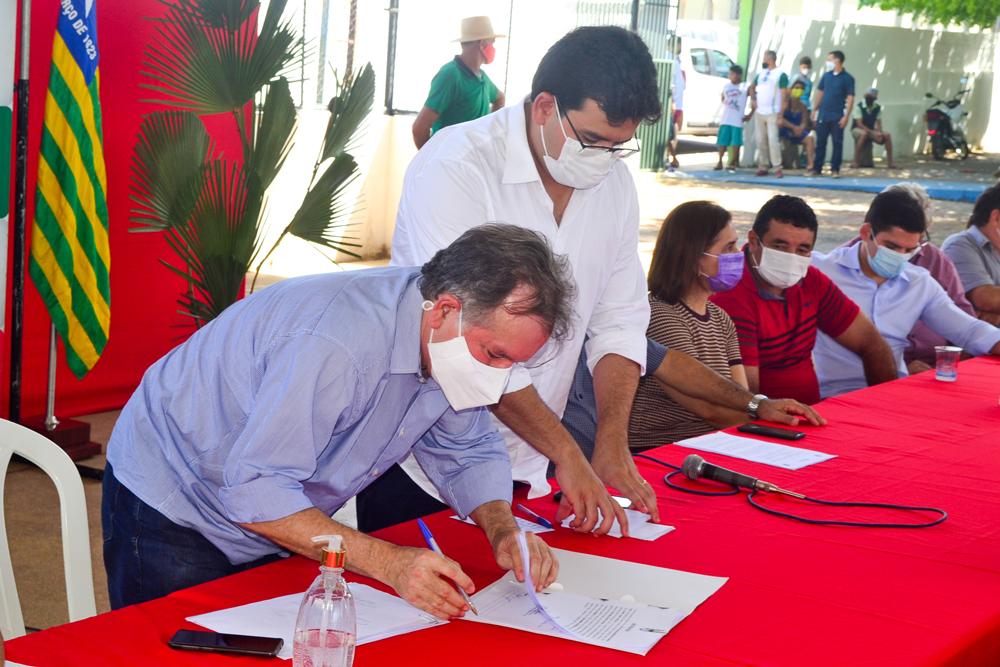 Prefeito Genival Bezerra recebe o Coordenador do PRO PIAUÍ Rafael Fonteles - Imagem 15