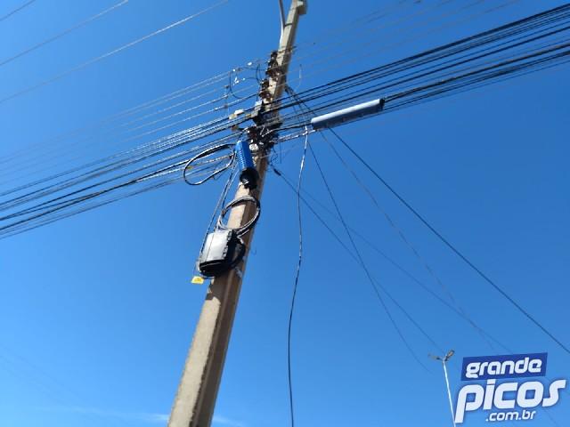 Fios de energia foram furtados - Foto: Reprodução/Grande Picos