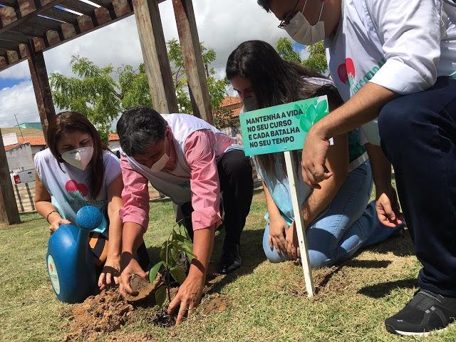 Wellington Dias visita obras e autoriza ações do PRO Piauí em Luís Correia  - Imagem 2