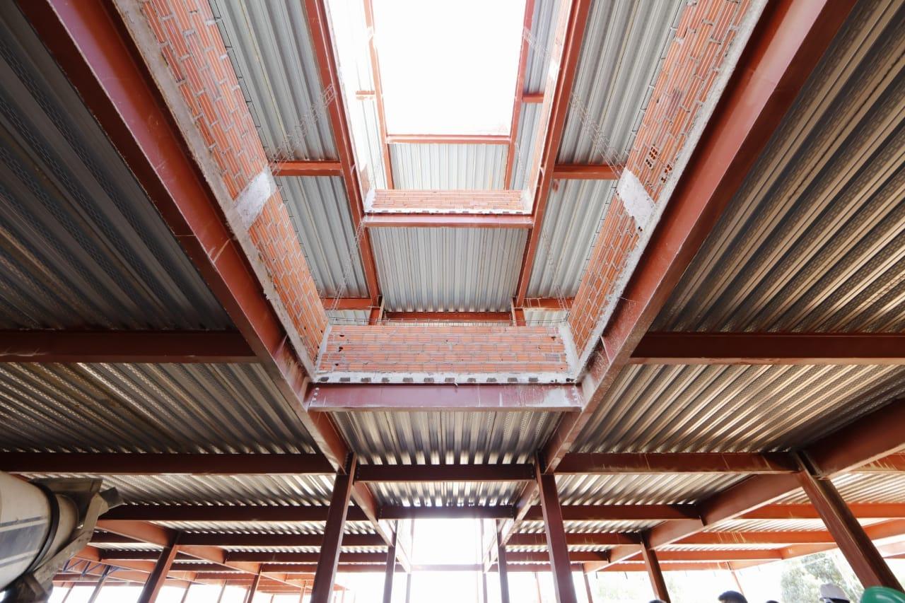 Estão sendo investidos R$ 29.495.354,79 na construção da unidade de saúde - Foto: Ccom