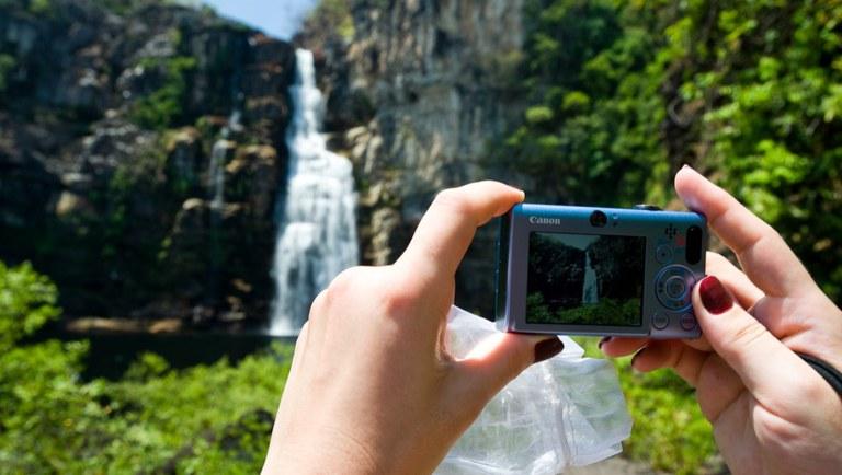 Destinos próximos e de natureza estão sendo mais procurados por turistas. Crédito: Arquivo/MTur