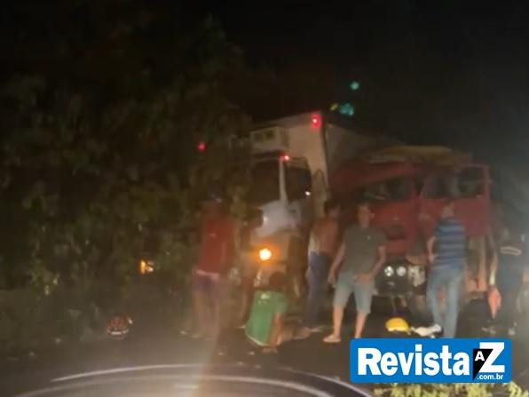 Os feridos foram levados para o Hospital Leônidas Melo em Barras - Foto: Reprodução/Revista AZ