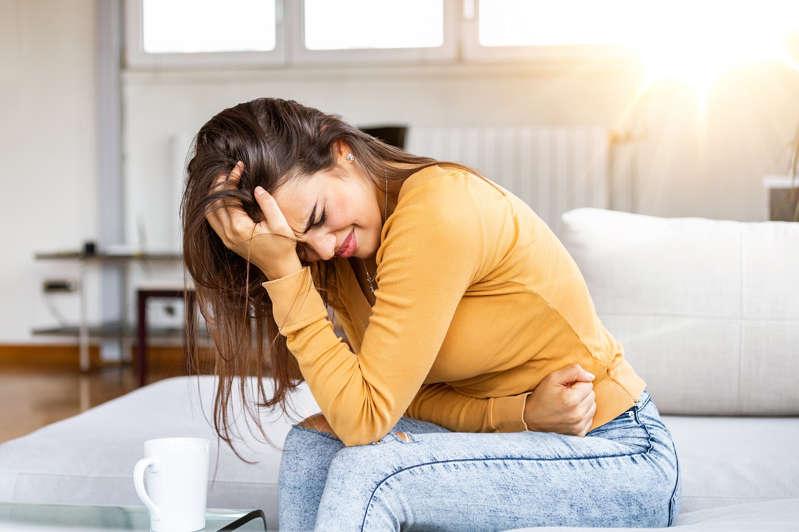 Endometriose pode estar ligada à saúde intestinal (Foto: Shutterstock)