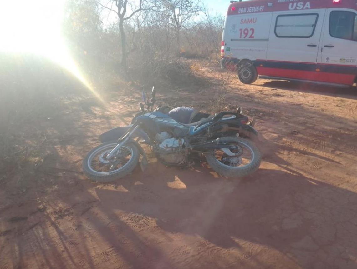 Mototaxista foi surpreendido com um tiro na nuca durante a corrida - Foto: Reprodução