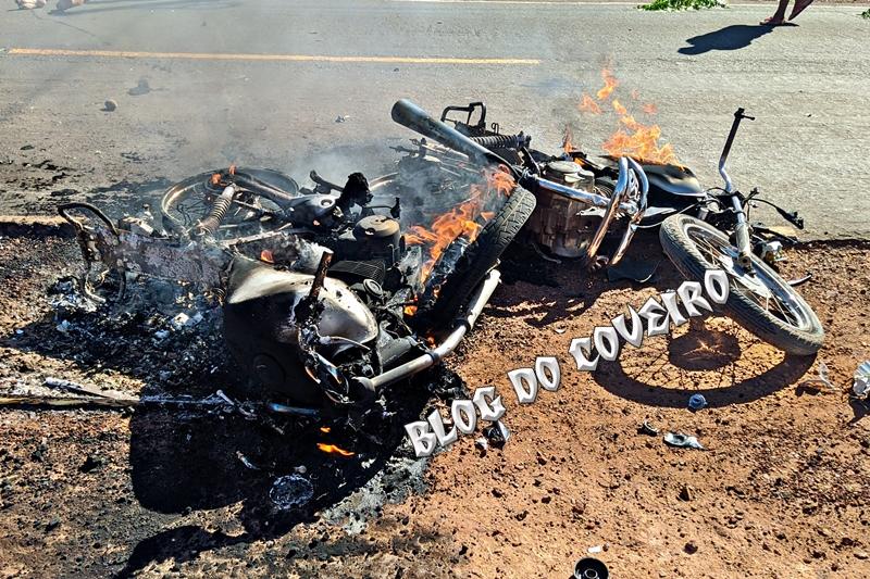 Duas pessoas morrem em colisão entre motocicletas em Cocal (Foto: Reprodução/ Blog do Coveiro)