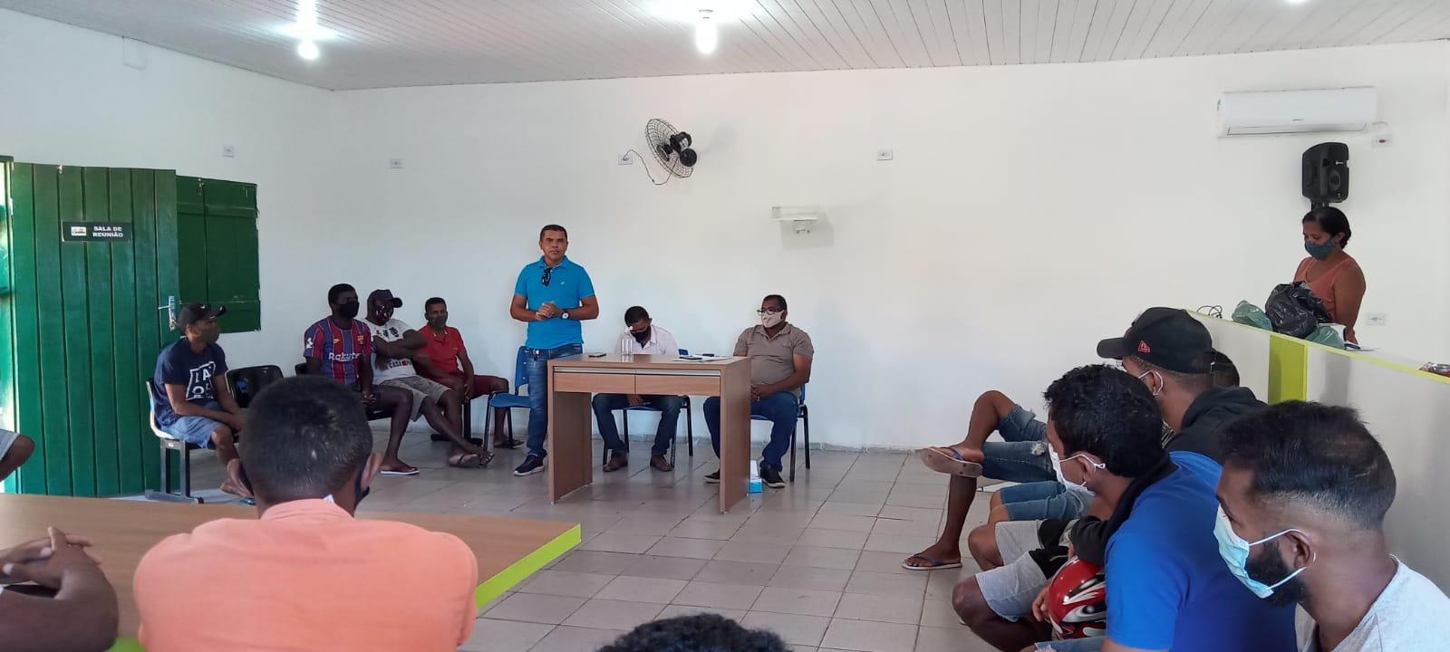 Prefeito de Cajazeiras  realiza entrega de uniformes - Imagem 3