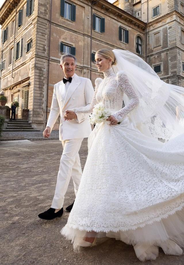 Sobrinha da Lady Di se casa com bilionário na Itália