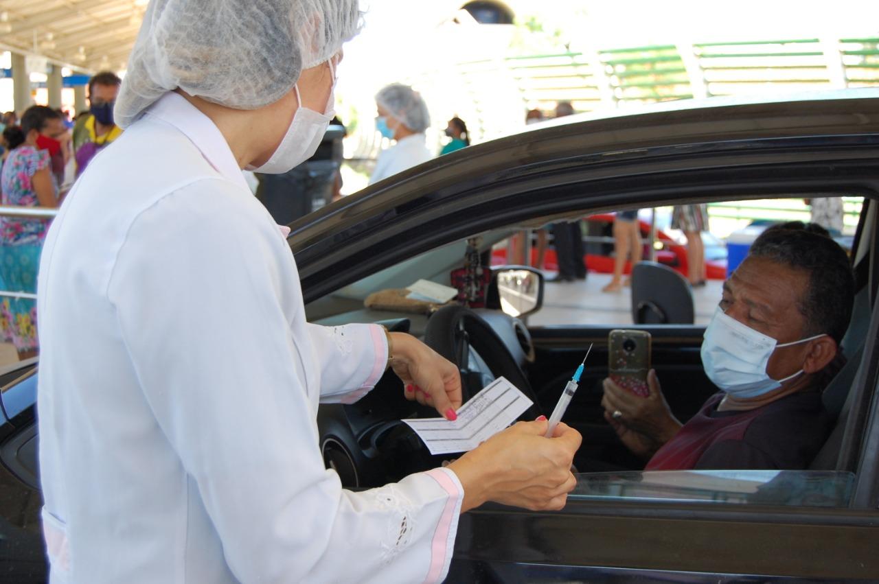 A FMS explica que para a vacinação em drive thru não precisa fazer agendamento - Foto: Ascom
