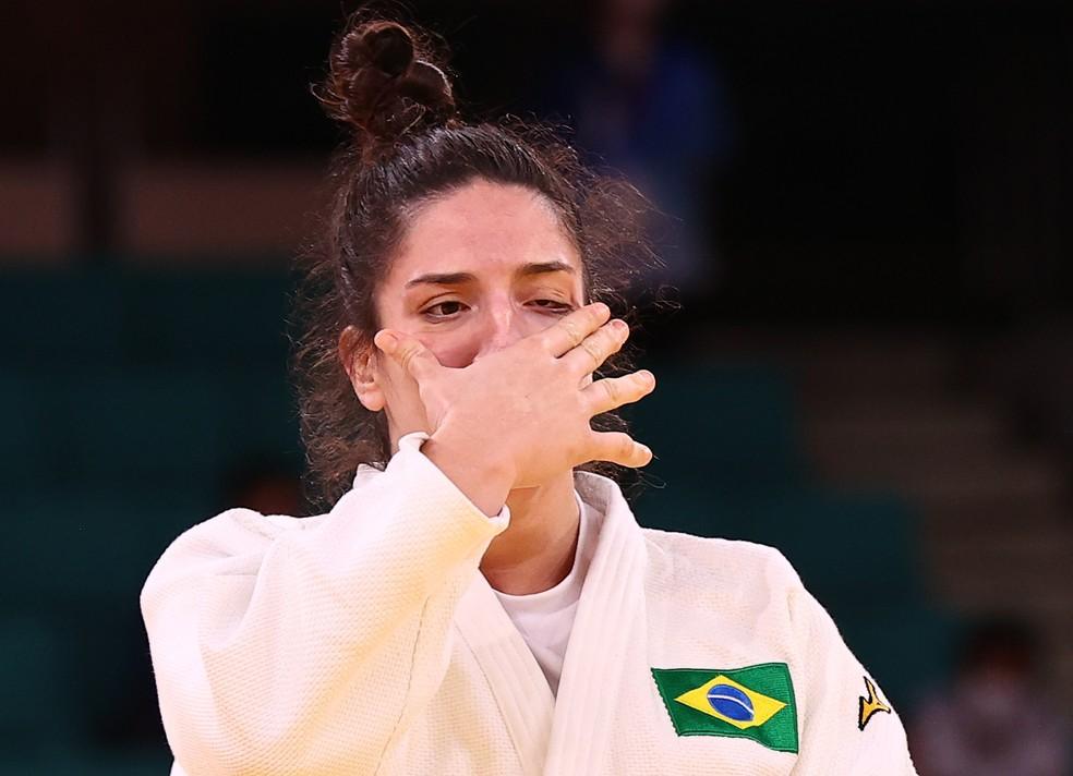 Mayra Aguiar chorar após ganhar medalha de bronze Foto: Reuters/Sergio Perez
