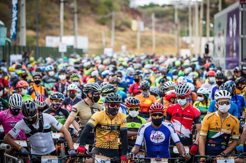 Os ciclistas tiveram que enfrentar cerca de 46 quilômetros entre subidas, descidas e estradão - Foto: Ascom