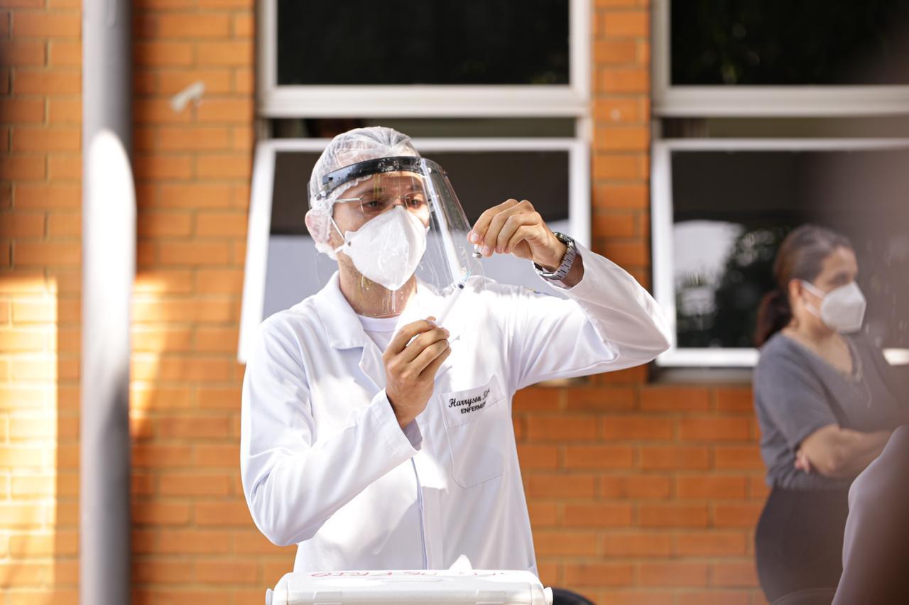 FMS abre agendamento para vacinação de pessoas com 38 anos (Foto: Ascom/ PMT)