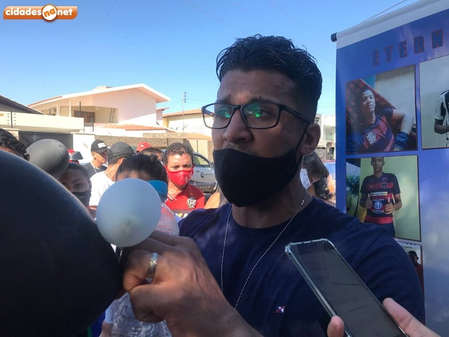 Geneilton Batista, primo da vítima (Foto: Cidades Na Net)