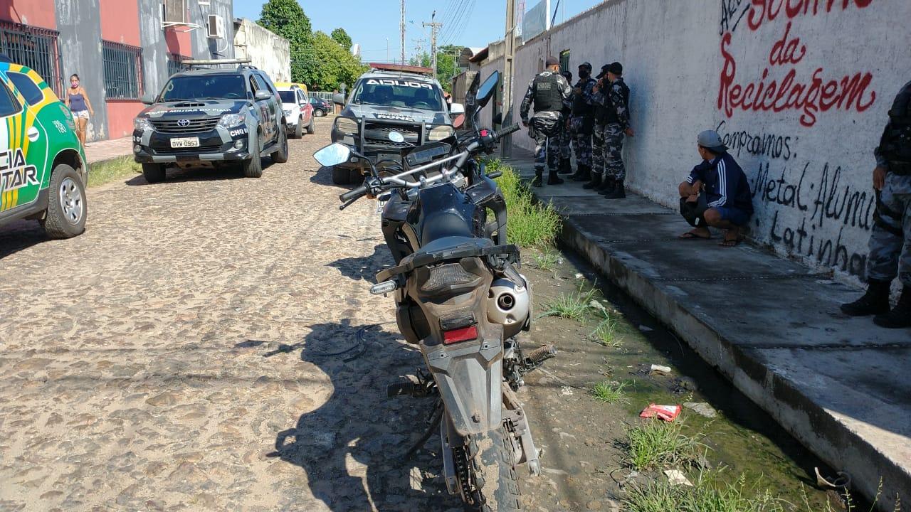 Suspeito de assalto é baleado na zona Sudeste de Teresina (Foto: Kilson Dione/ Portal Meio Norte)
