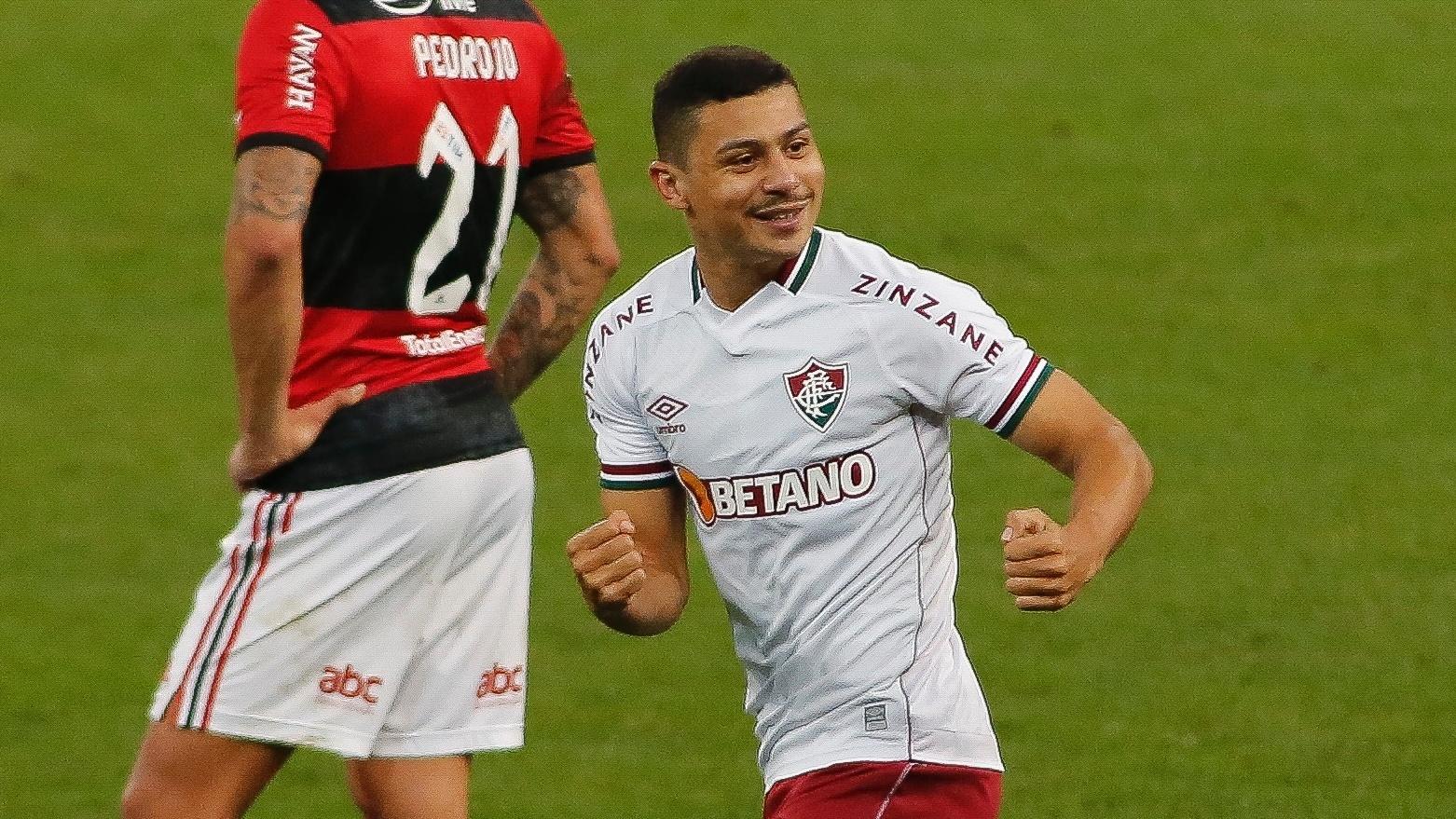 André comemora o gol marcado no final da partida garantindo a vitória do Fluminense de 1 a 0 sobre o Flamengo