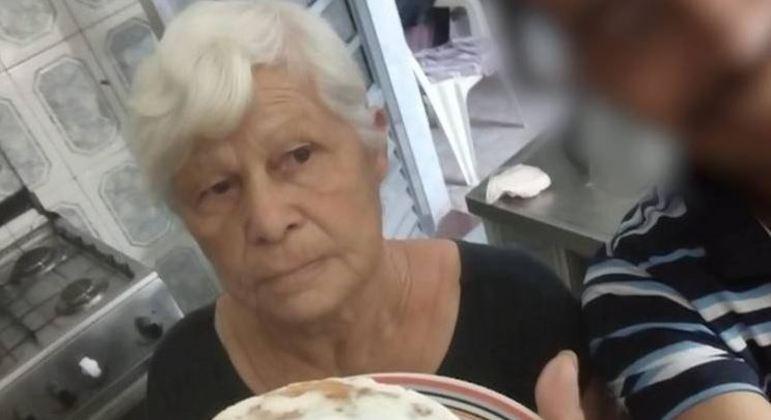 Filho mais novo é suspeito de matar idosa. (Foto: REPRODUÇÃO-RECORD TV)